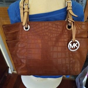 Michael kors brown shoulder tote bag/purse